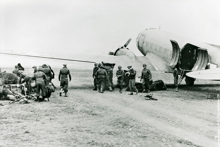03-douglas-c-47a-skytrain-museeairespace1