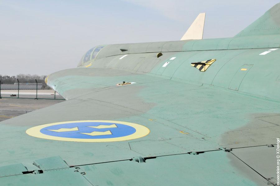 06-saab-j-35a-draken-museedelair