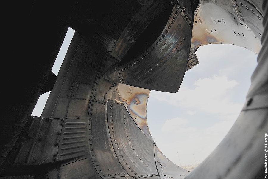 10-saab-sk-37e-viggen-tarmac-museedelair