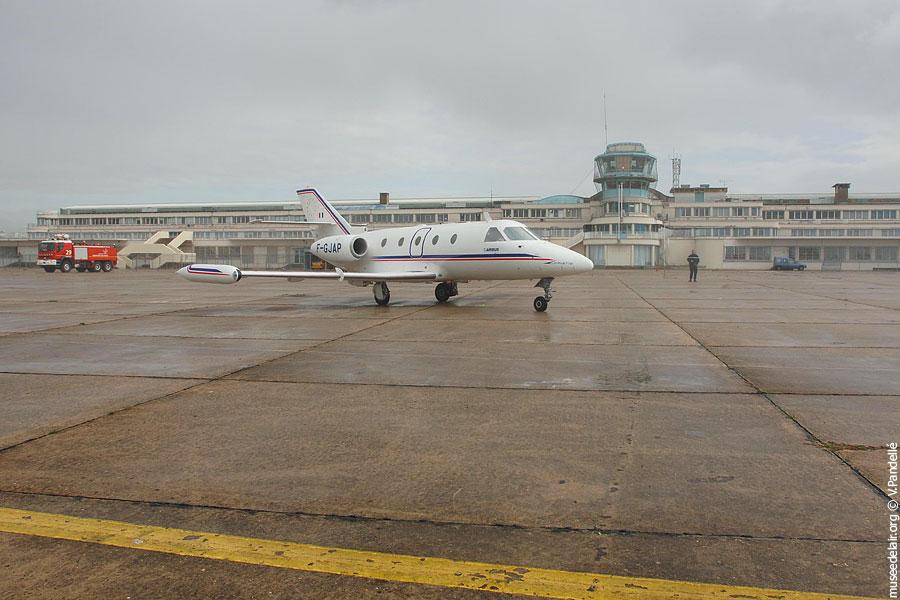 13-arrivee-corvette-F-GJAP-SN-601-17102009