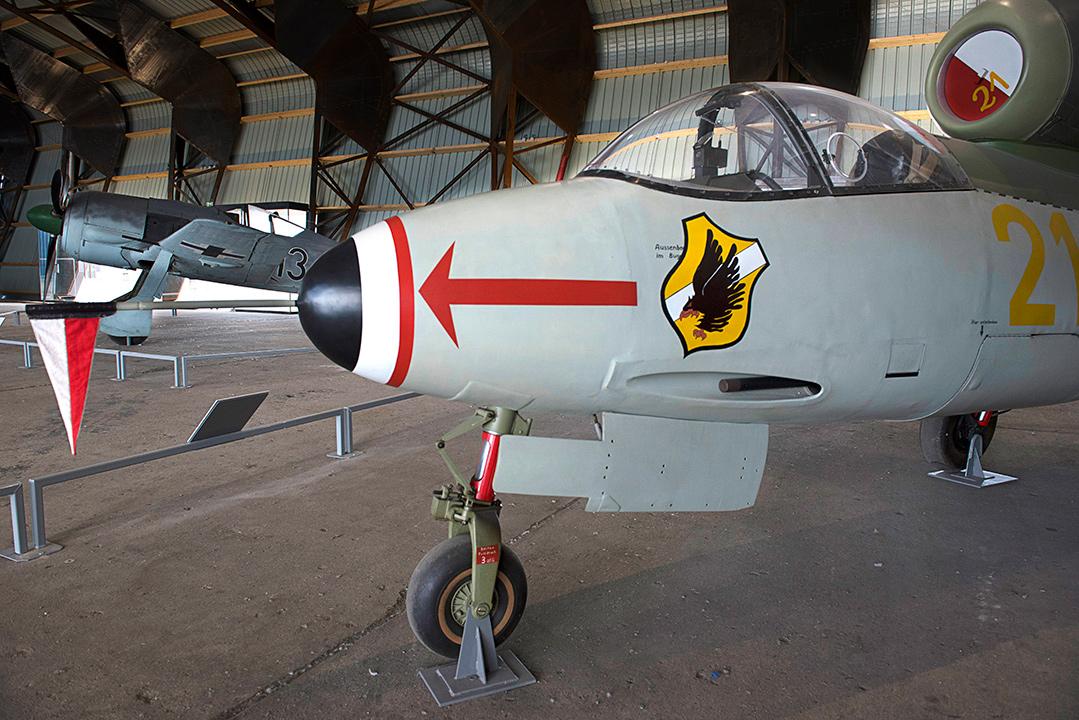 Agrandir Heinkel HE162
