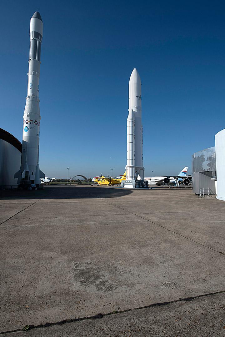 Ariane 1 et Ariane 5