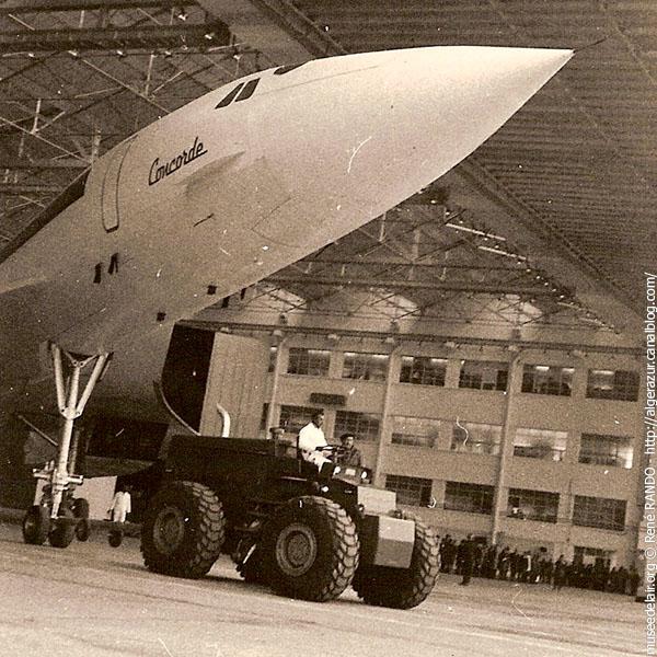 Sortie du hangar
