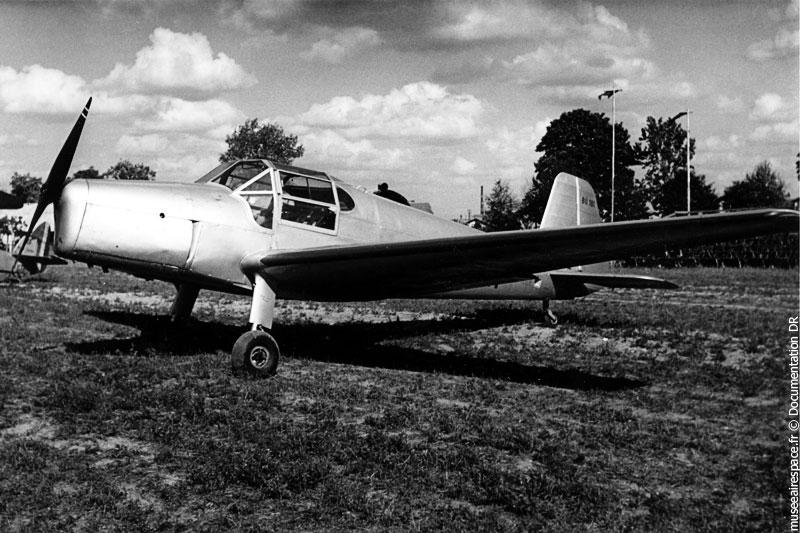 Avion Bücker 181 Bestman