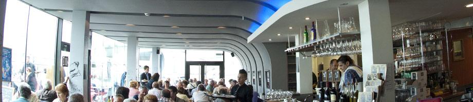 restaurant mus e de l 39 air et de l 39 espace. Black Bedroom Furniture Sets. Home Design Ideas