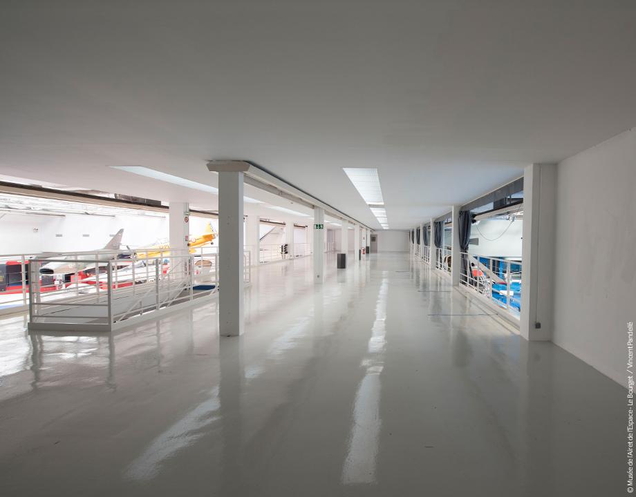 Mezzanine du hall de la Cocarde
