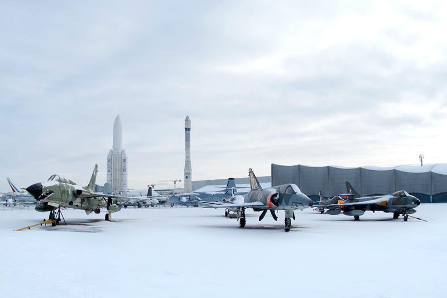 Tarmac sous la neige