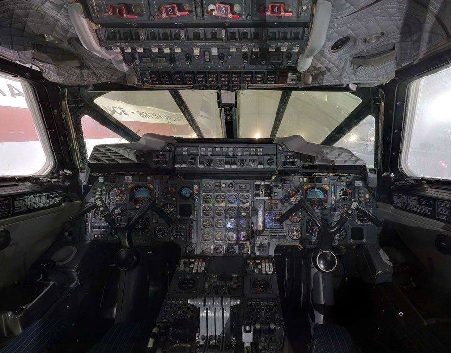Cockpit Concorde Air France N°213 F-BTSD