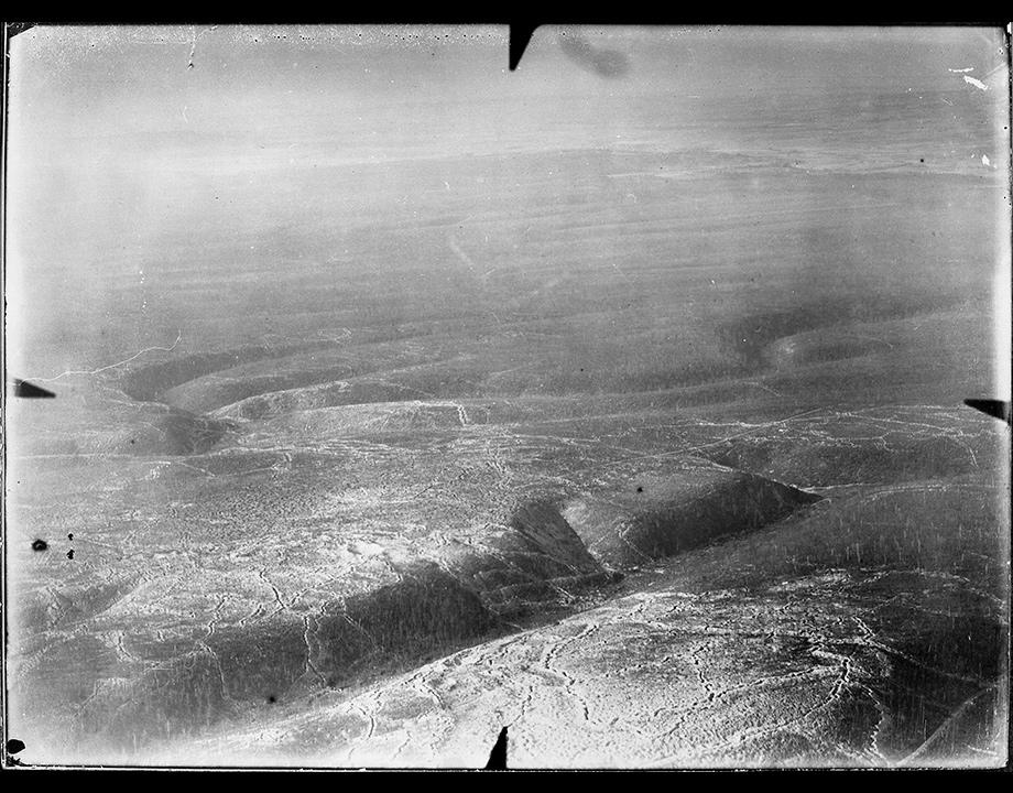 Verdun bombardé, 1916, Col. Musée de l'Air et de l'Espace – Le Bourget