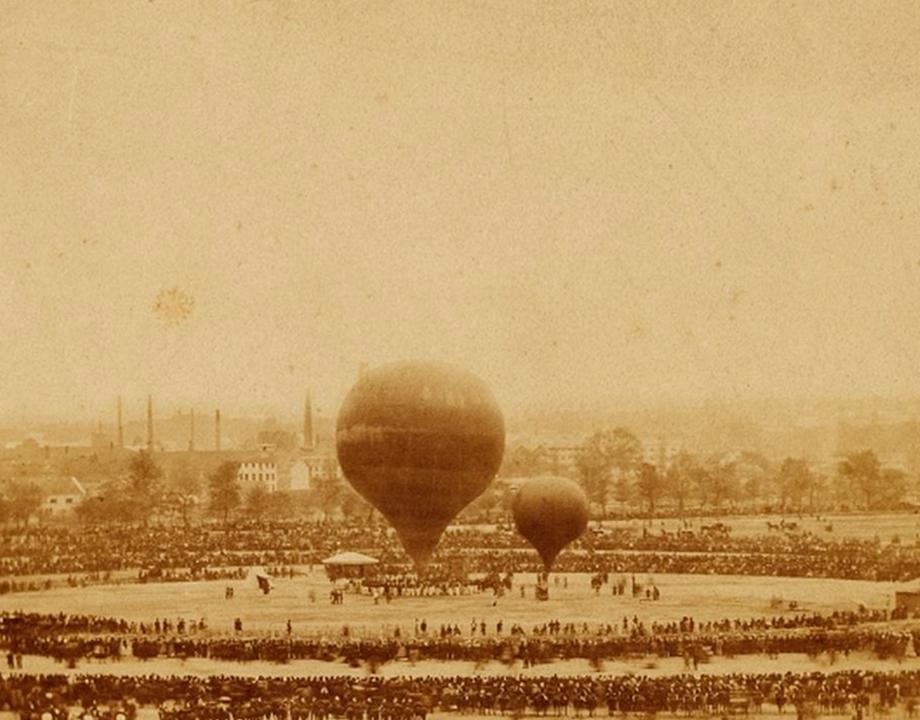 Le photographe monte en ballon
