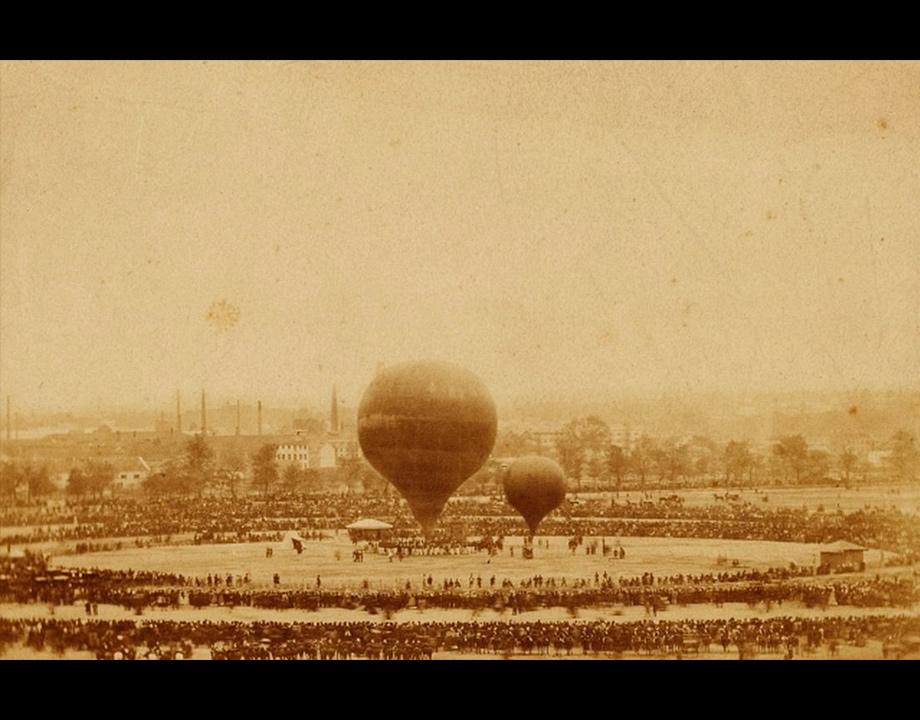 Inauguration du ballon de Nadar, Le Géant, au Champ de mars, 1863, Col. Musée de l'Air et de l'Espace – Le Bourget
