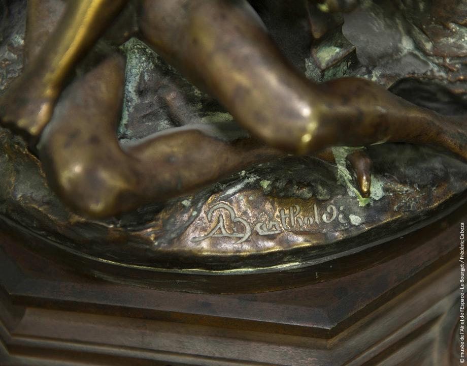 Socle Bartholdi avant restauration